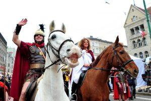 Parada pod Zamkiem w Leśnicy