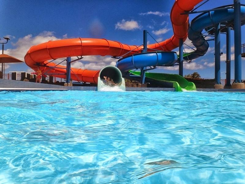Zjeżdżalnie a Aquaparku Wrocław