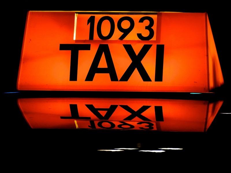 Wezwij tanią taksówkę we Wrocławiu