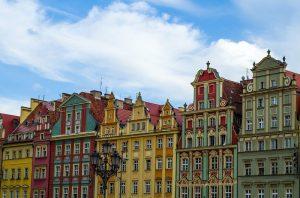 Odrestaurowane kamienice we Wrocławiu