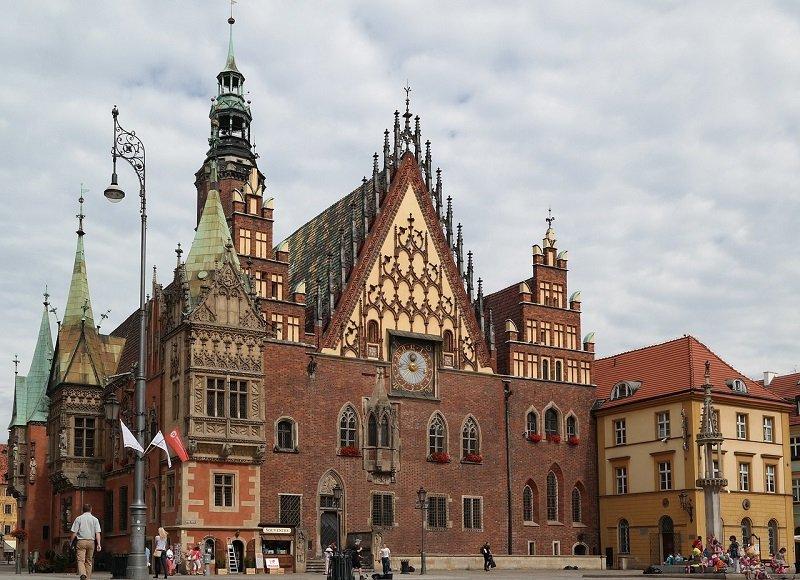 Ratusz na placu we Wrocławiu